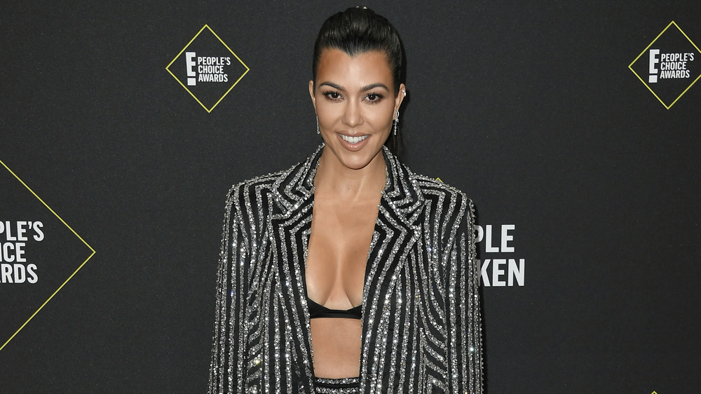 Kourtney Kardashian en la alfombra roja