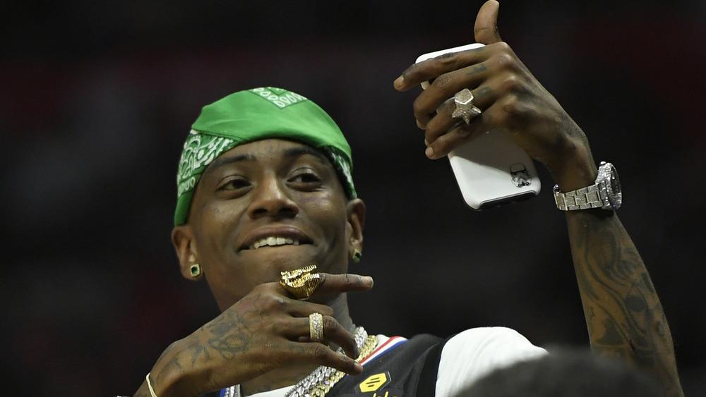 Soulja Boy en la cancha durante un juego entre Los Angeles Clippers