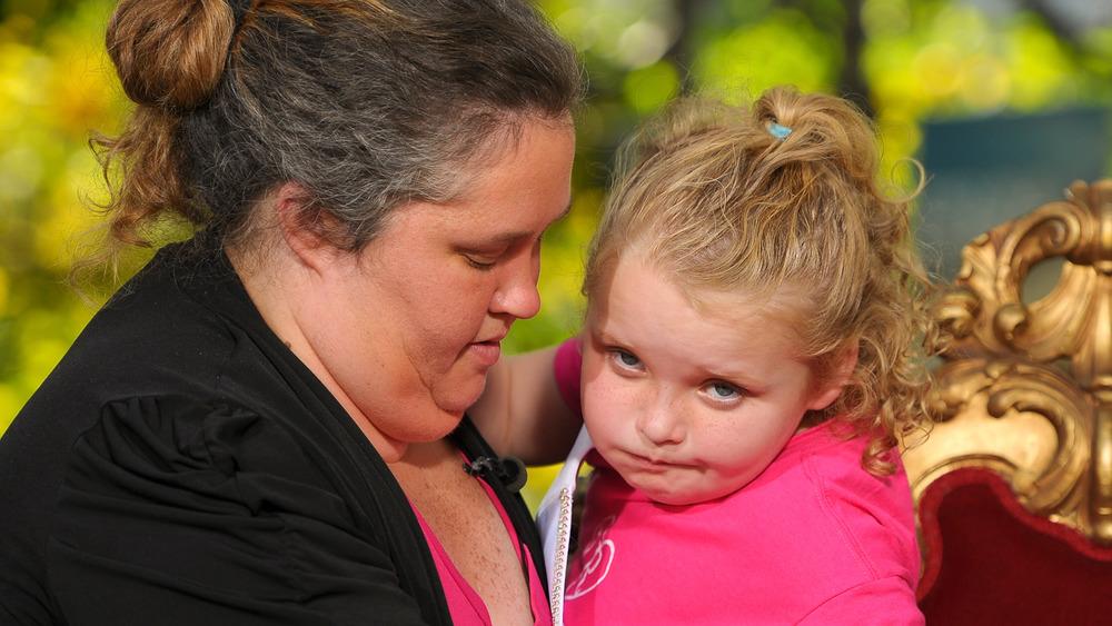 Alana Thompson con su madre, June Shannon