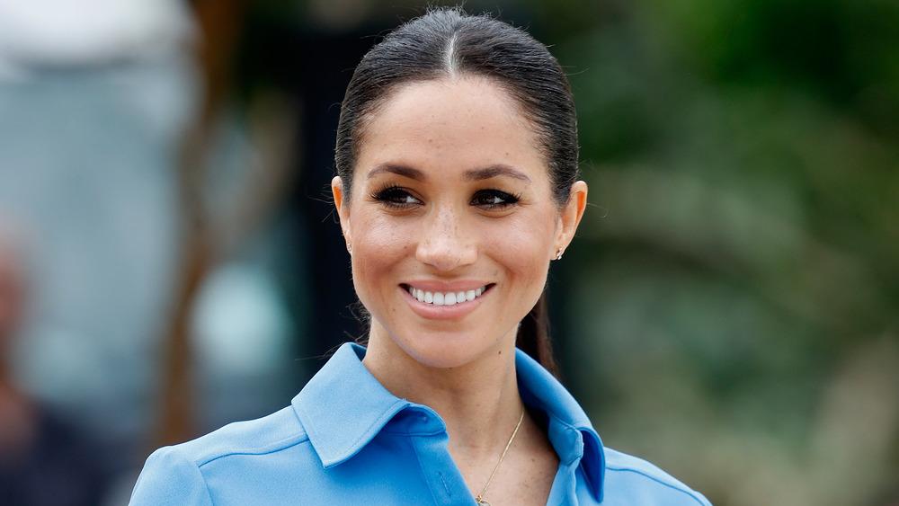 Meghan Markle sonriendo