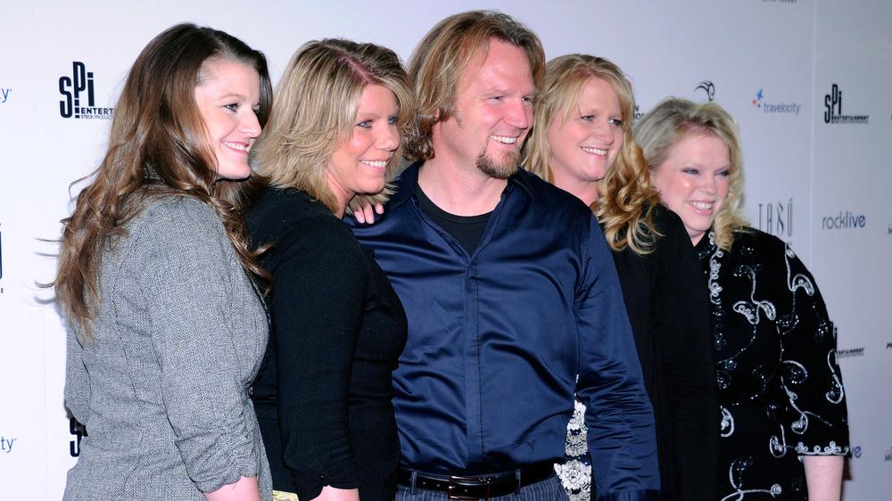 Robyn Brown, Meri Brown, Kody Brown, Janelle Brown, Christine Brown, posando