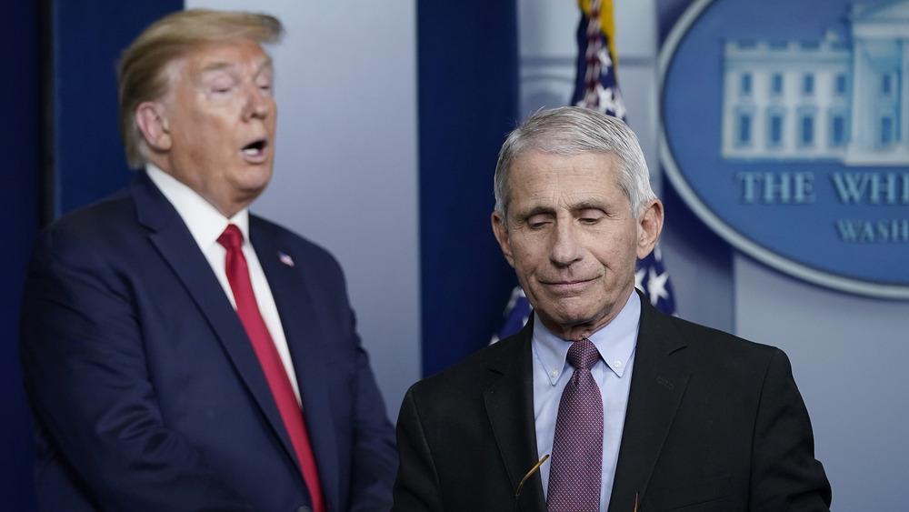 Donald Trump y Anthony Fauci en una conferencia de prensa el 24 de marzo de 2020