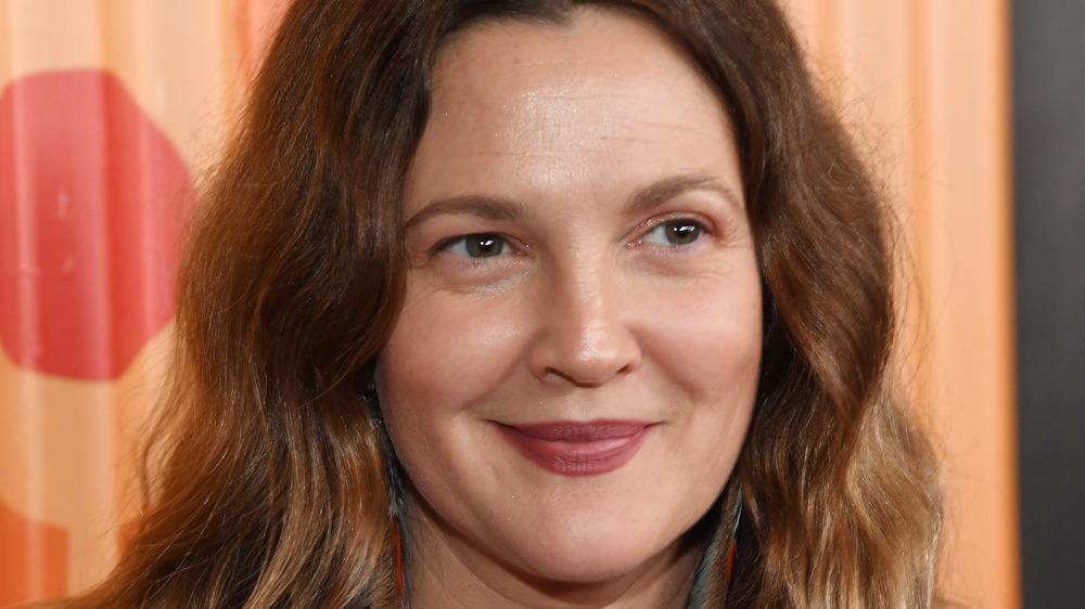 Drew Barrymore sonriendo