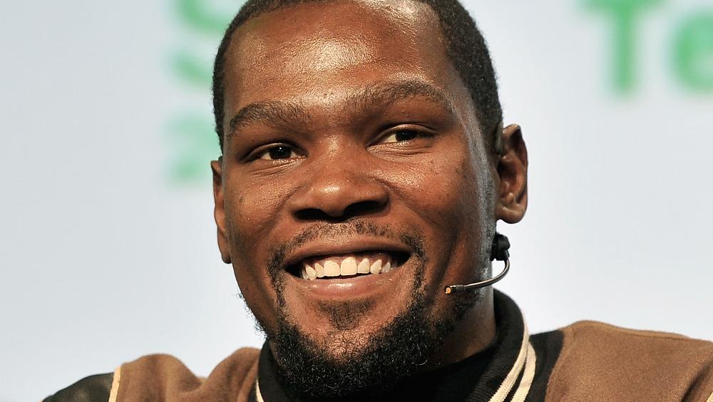 Kevin Durant sonriendo