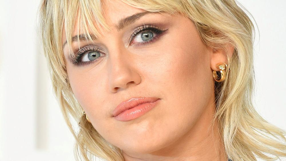 Miley Cyrus en la alfombra roja