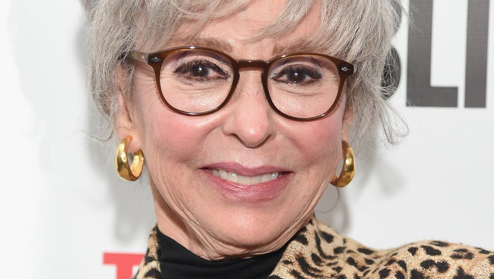 Rita Moreno sonriendo