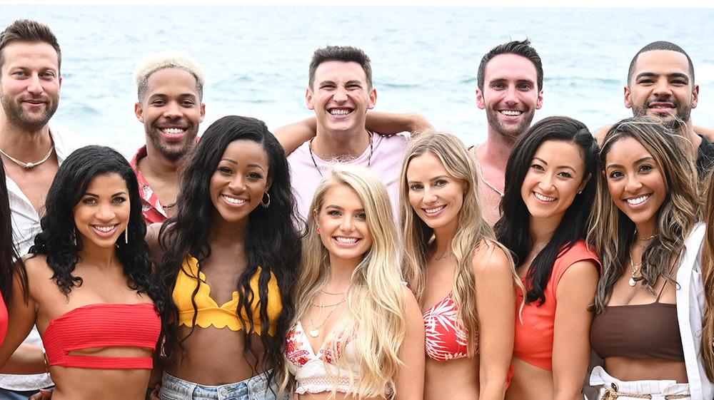 El elenco de Bachelor in Paradise en la playa