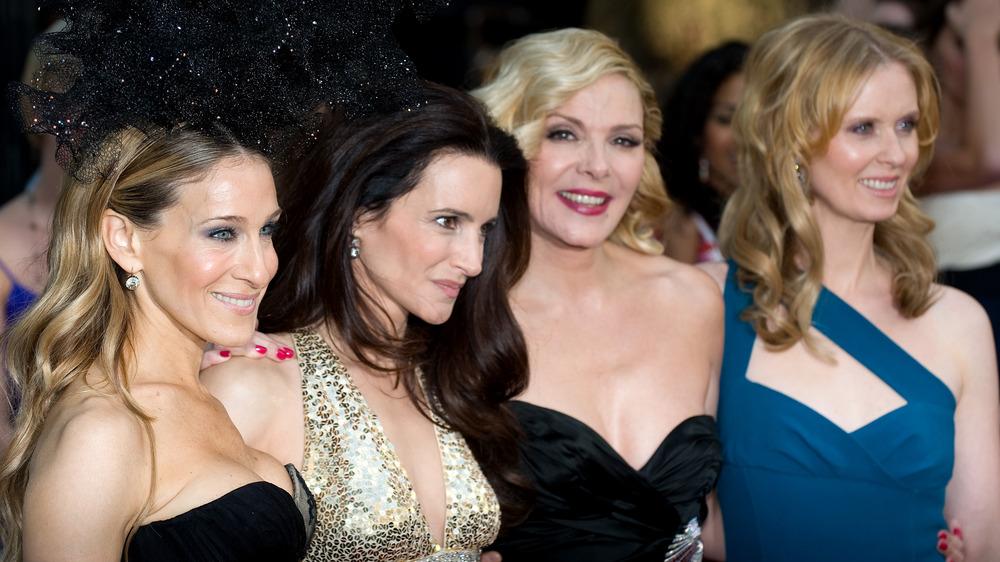 Sarah Jessica Parker, Kristin Davis, Kim Cattrall y Cynthia Nixon posando juntas