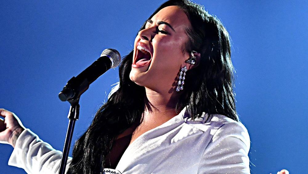 Demi Lovato en el escenario