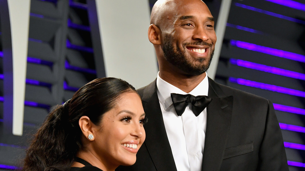 Vanessa Bryant y Kobe Bryant en la alfombra roja