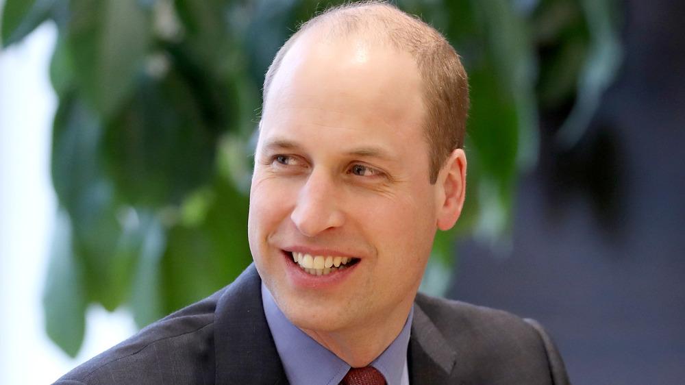 Príncipe William sonriendo