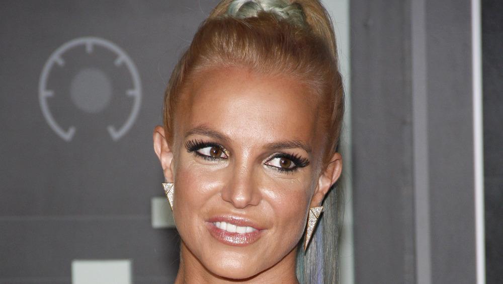 Maquillaje completo de Britney Spears