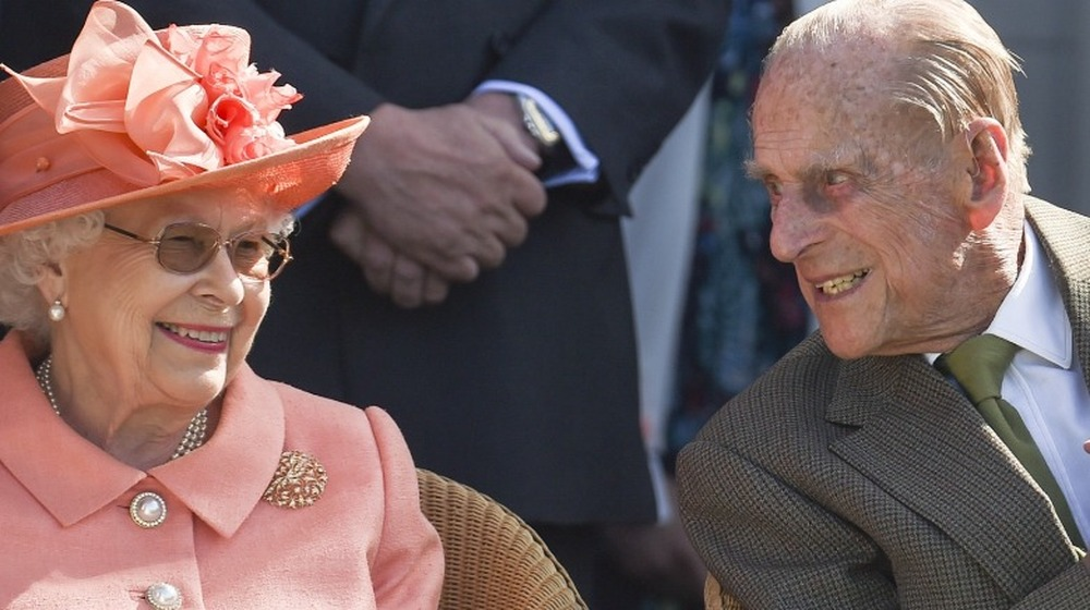 La reina Isabel II y el príncipe Felipe, duque de Edimburgo, asisten al partido de polo 2018