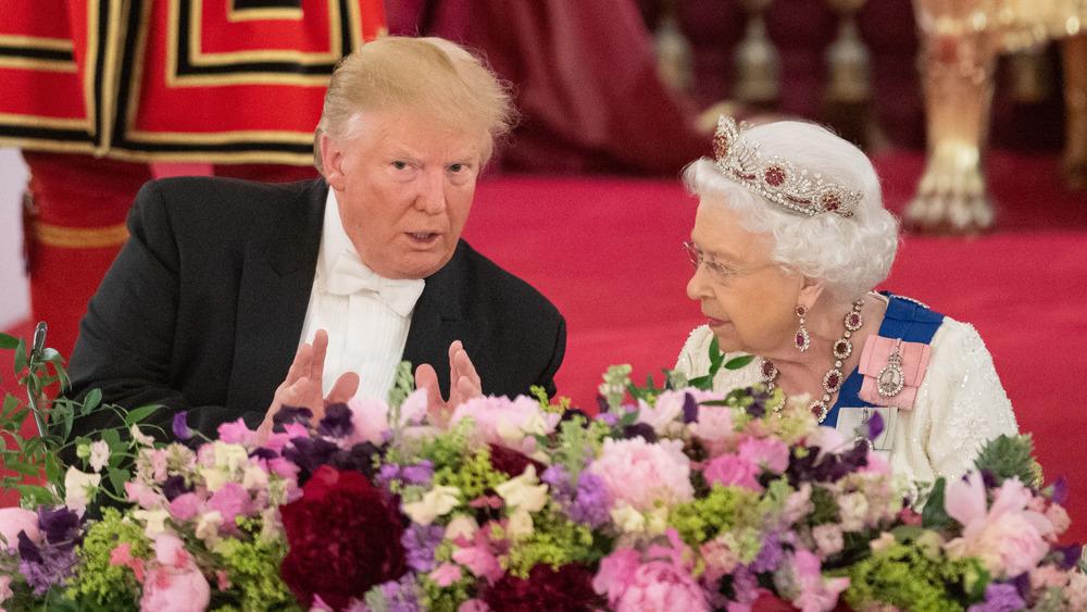 Donald Trump y la reina Isabel asistieron a un banquete estatal
