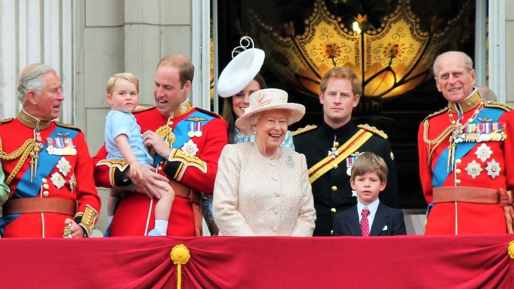 Príncipe Felipe con su familia