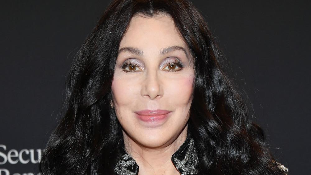 Cher posando para las cámaras