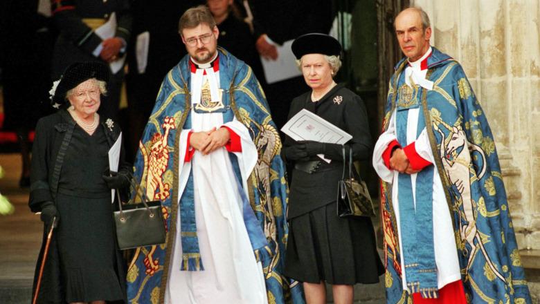 La reina Isabel II en el funeral de la princesa Diana