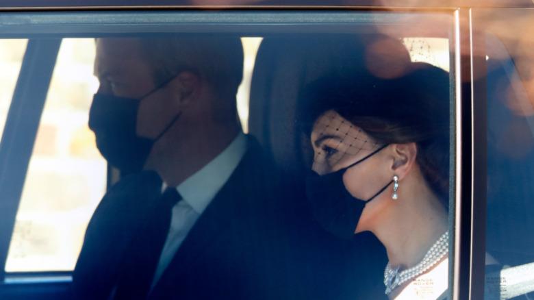 El príncipe Guillermo en el funeral del príncipe Felipe el 17 de abril de 2021