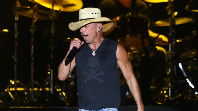 Kenny Chesney realiza