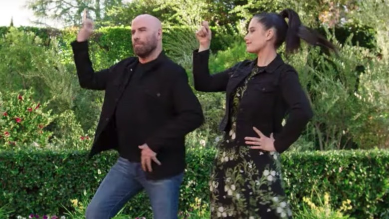 Anuncio de baile de Ella Travolta de John Travolta