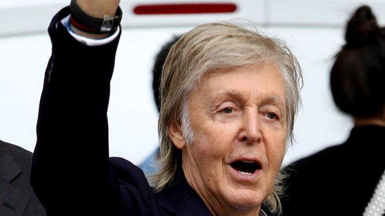 Paul McCartney sonriendo
