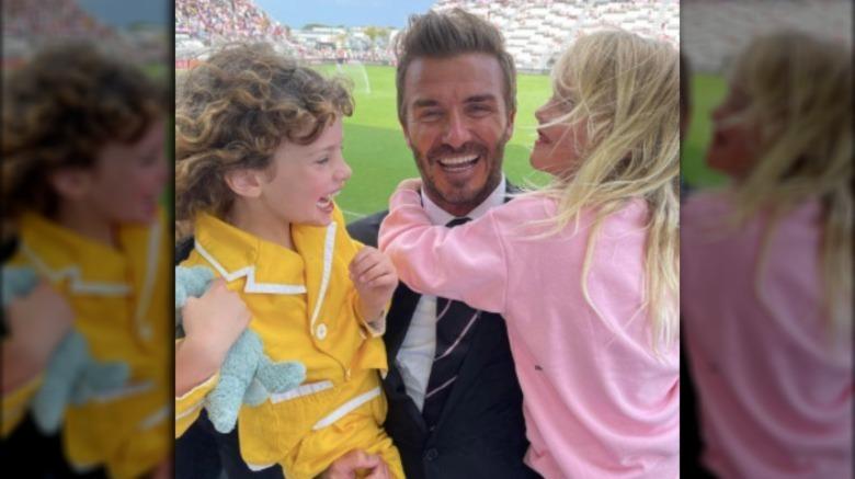 David Beckham con los hijos de Liv Tyler, Lula y Sailor