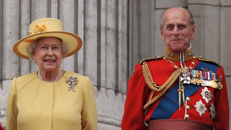 La reina Isabel II y el príncipe Felipe sonriendo