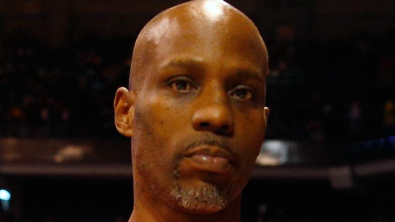 El rapero DMX posa para una foto durante la semana cinco de la liga de baloncesto BIG3 three on three