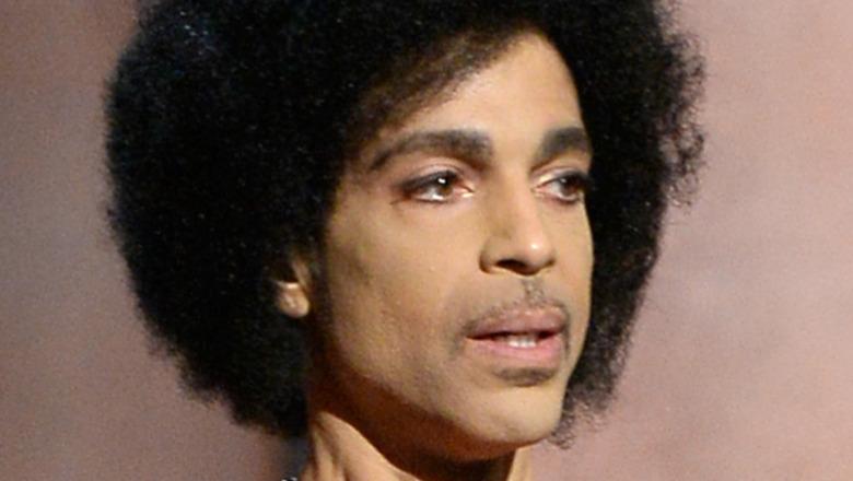 Prince hablando en los premios GRAMMY