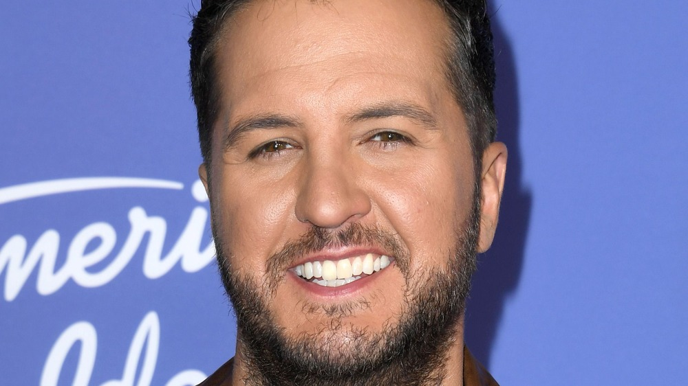 Luke Bryan en el estreno de 'American Idol' 2020
