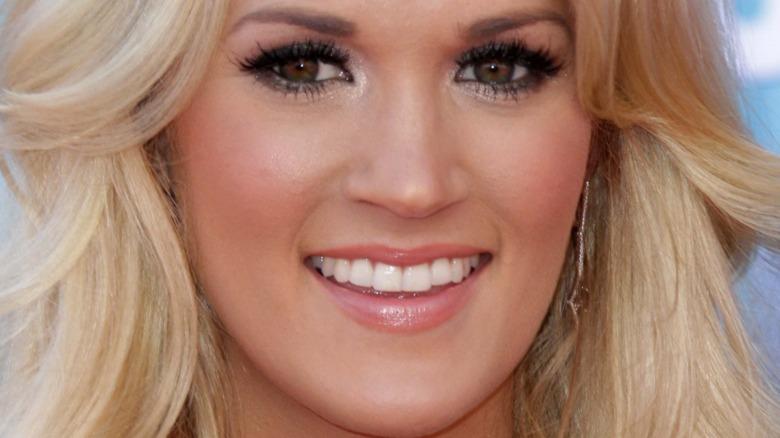 Carrie Underwood en la alfombra roja
