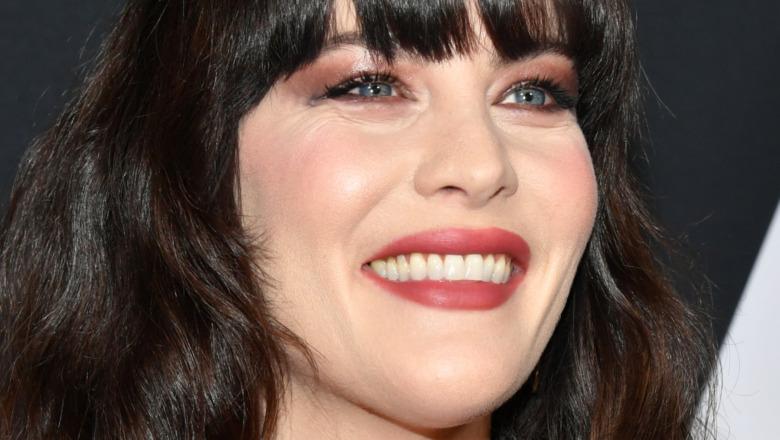 Liv Tyler sonriendo