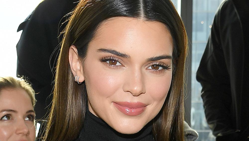 Kendall Jenner sonriendo