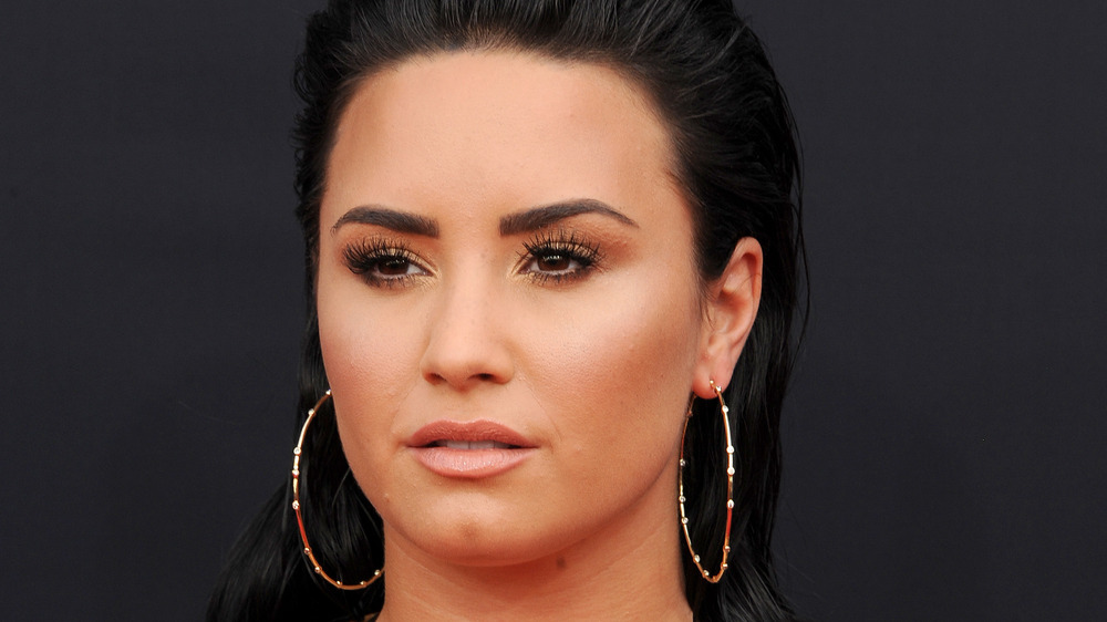 Demi Lovato posando en los Billboard Music Awards 2018
