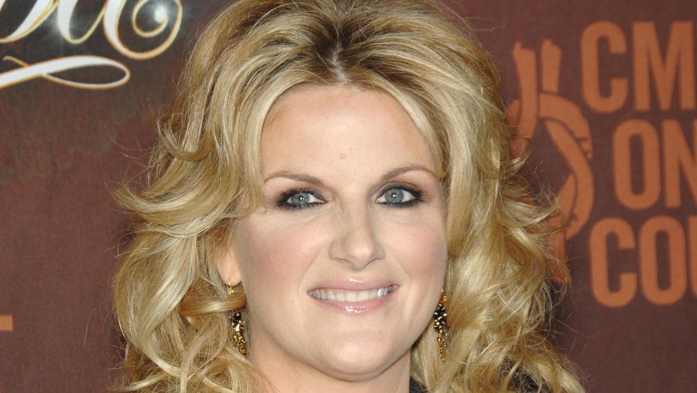 Trisha Yearwood con maquillaje