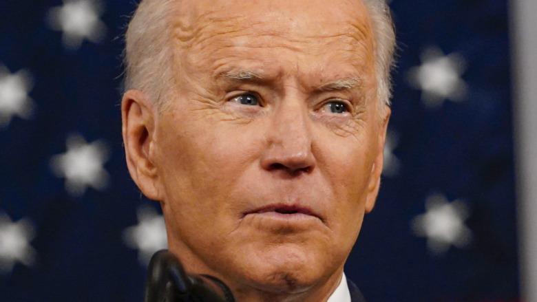 El presidente Biden hablando en la sesión conjunta del Congreso