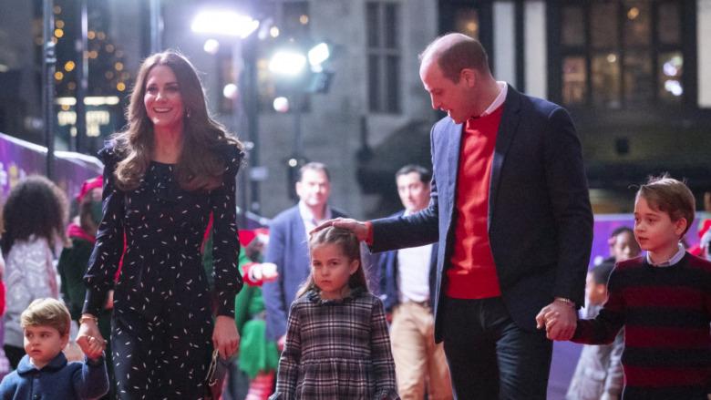 El príncipe William y Kate Middleton con sus hijos el príncipe Louis, el príncipe George y la princesa Charlotte