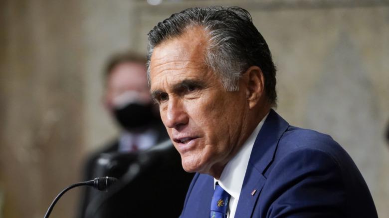 Mitt Romney habla