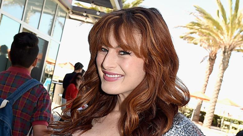 Rachel Reilly sonriendo en un evento de fans
