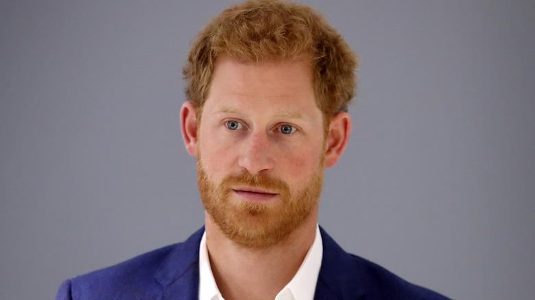 Príncipe Harry cabello
