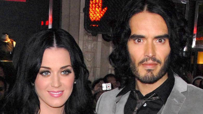 Katy Perry y Russell Brand en un evento