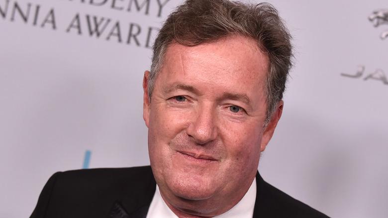 Piers Morgan en la alfombra roja