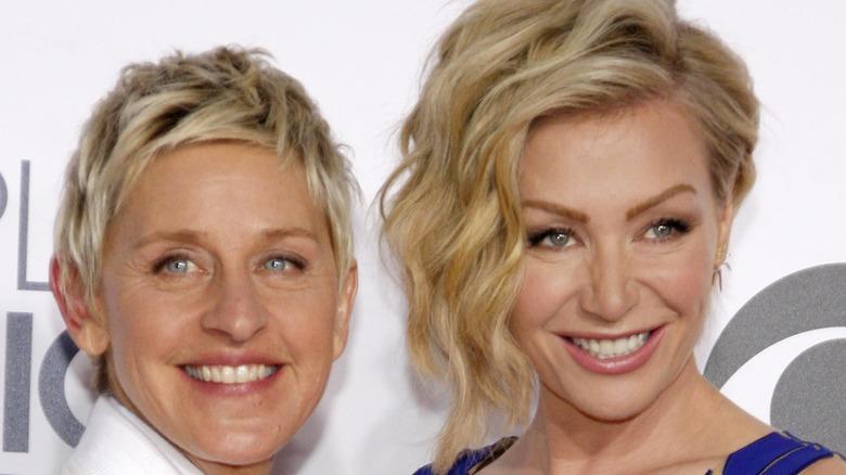 Ellen DeGeneres y Portia de Rossi en un evento