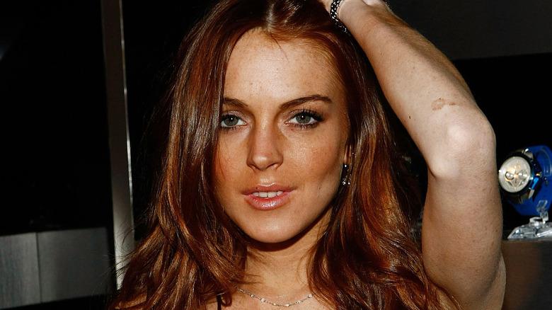 Lindsay Lohan posando