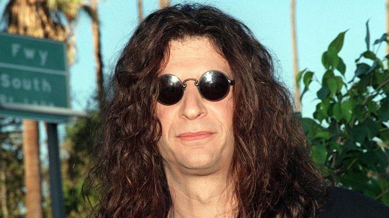 Howard Stern con gafas de sol