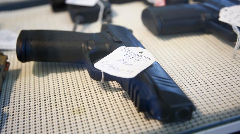 Pistola de 9 mm