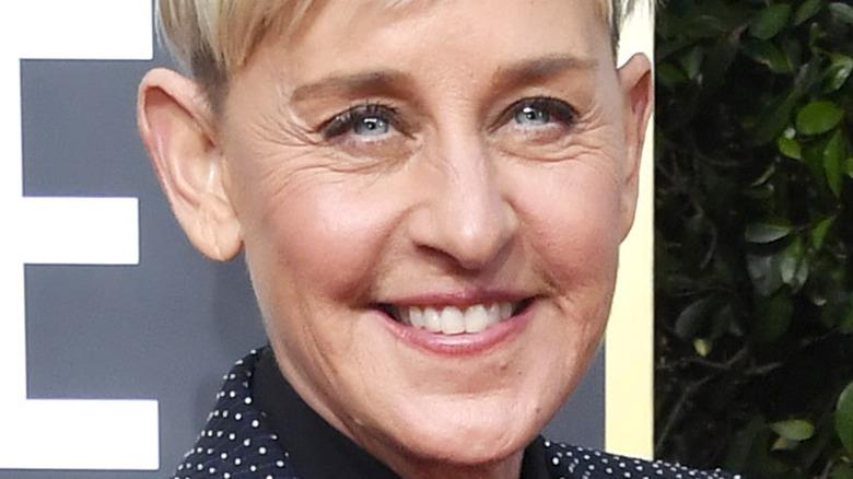 Ellen DeGeneres asistiendo a la 77a Entrega Anual de los Globos de Oro