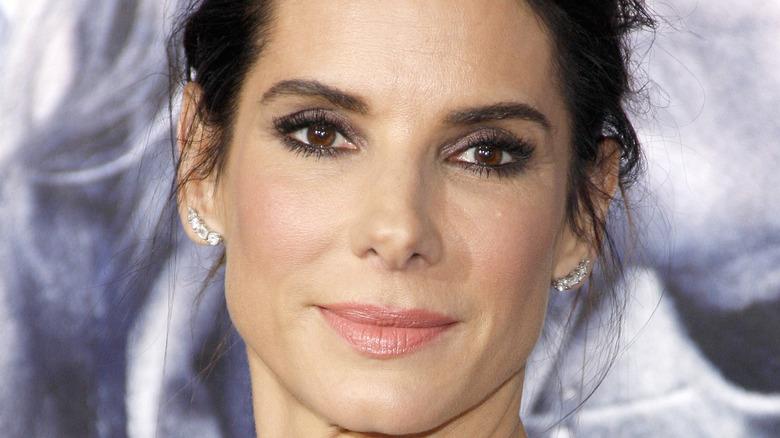 Sandra Bullock sonriendo