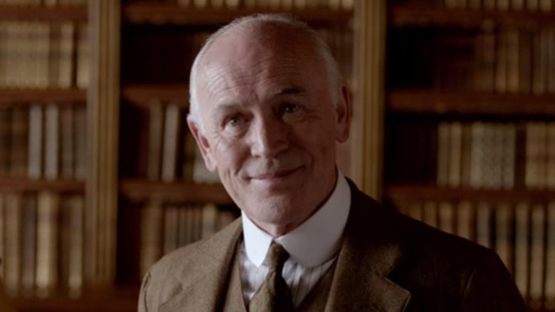 Terence Harvey sonriendo
