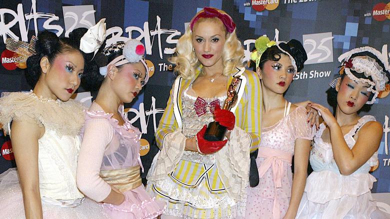 Las chicas Harajuku y Gwen Stefani